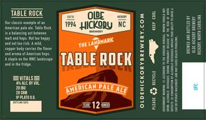 Table Rocher de la brasserie Olde Hickory
